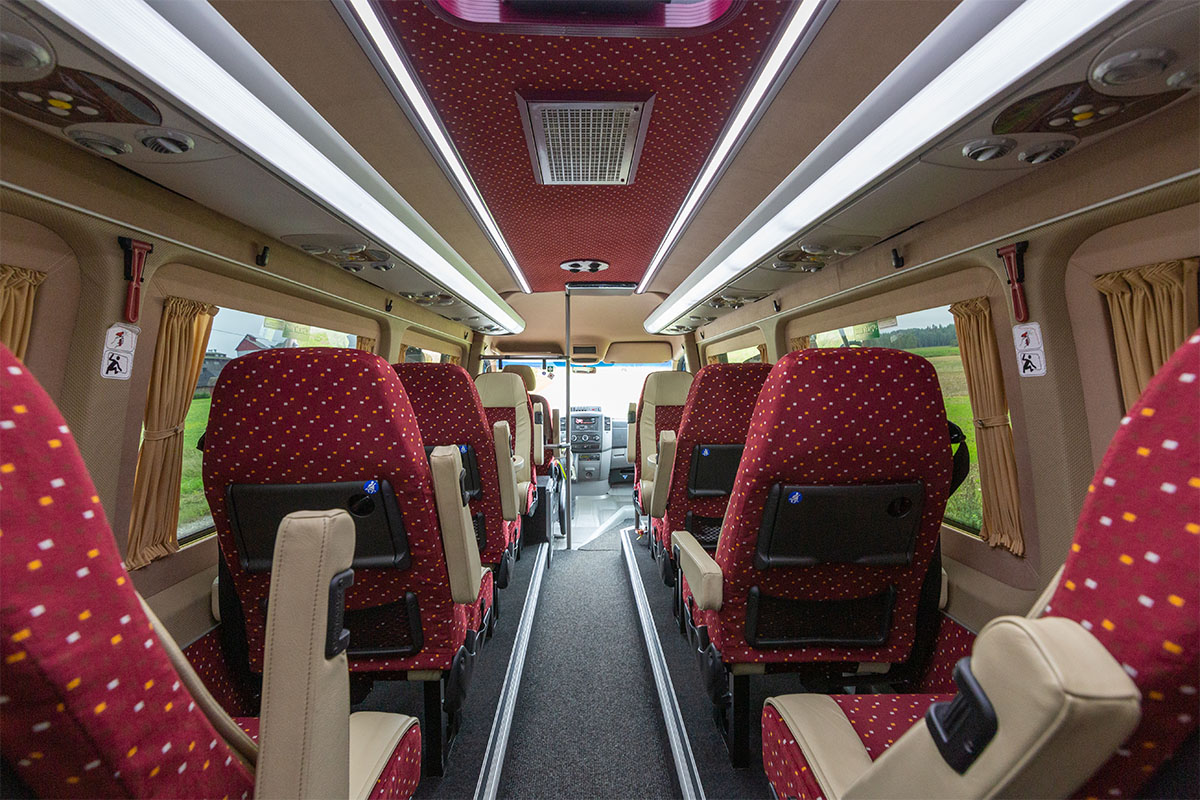 13 kohaline VIP buss. Busside tellimine - Tuuliku Reisid